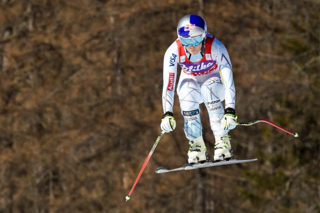 lindsey vonn gets 10th win at cortina