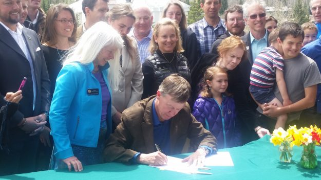 public lands day bill signing 051716