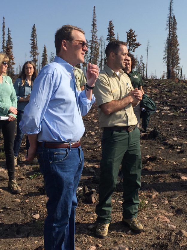 senator bennet in buffalo fire zone 080718